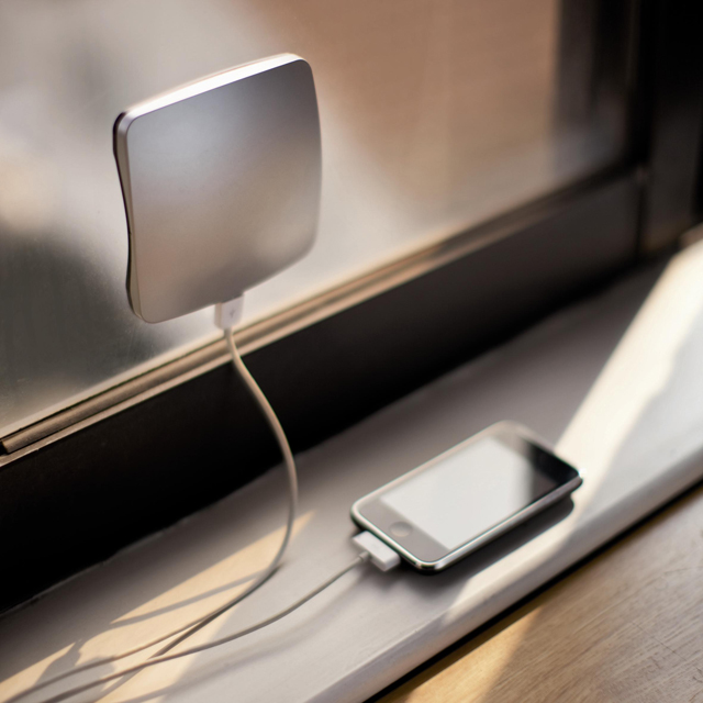 Solar Window Charger from XD Design